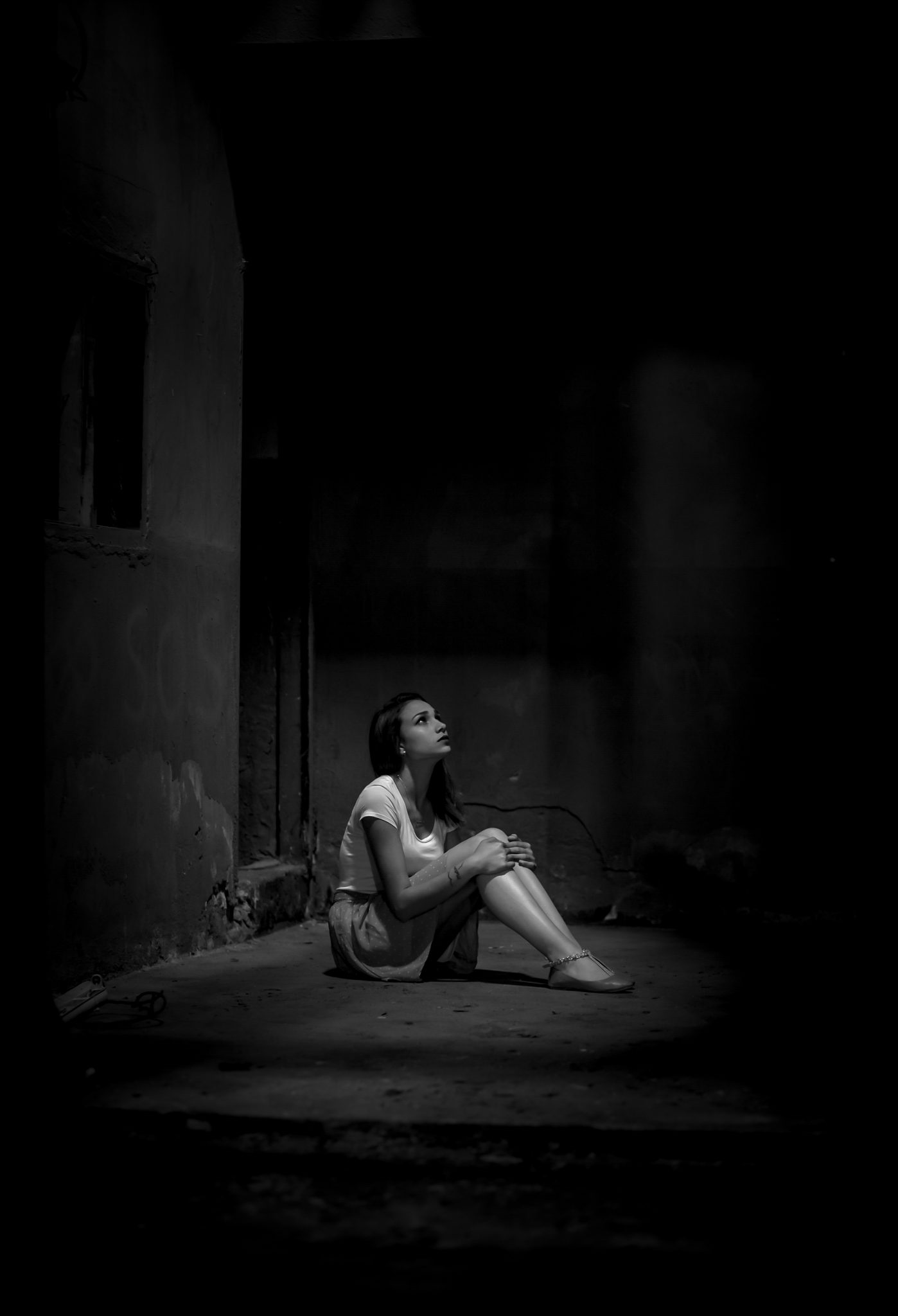 adult alone black and white 2223064